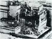 チェルノブイリ原発事故で大破した4号炉